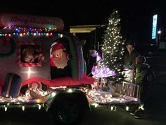 Christmas in White Pines Parade of Lights